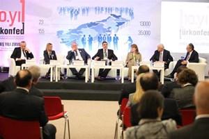 """""""10. Yılında TÜRKONFED ve İş Dünyası Örgütleri için Gelecek Perspektifleri"""" paneli düzenlendi."""