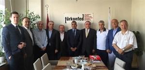 Ekonomi Gazetecileri Derneği TÜRKONFED'i ziyaret etti