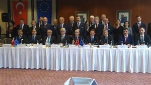 """TÜRKONFED Başkanı Kadooğlu: """"Türkiye'nin Yönü AB'dir. AB'nin Yönü de Türkiye Olmalıdır"""""""