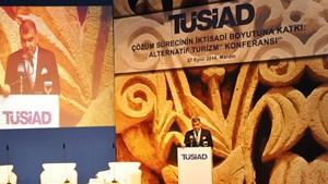 Tarkan Kadooğlu Mardin'de Alternatif Turizm Konferansı'nda Konuştu