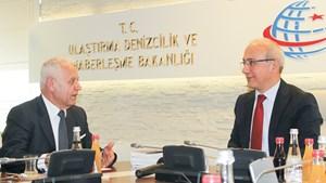 TÜRKONFED Yönetim Kurulu, Bakan Lütfi Elvan'ı Ziyaret Etti