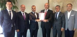 TÜRKONFED Yürütme Kurulu, TÜSİAD YİK Başkanı Tuncay Özilhan'ı ziyaret etti