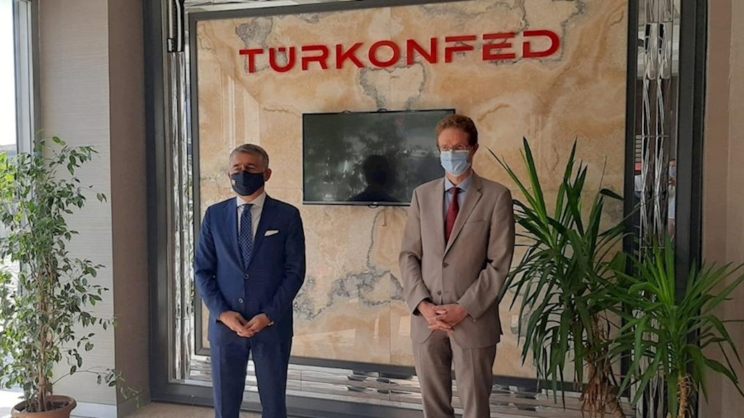 AB Türkiye Delegasyon Başkanı Büyükelçi Landrut, TÜRKONFED'i Ziyaret Etti